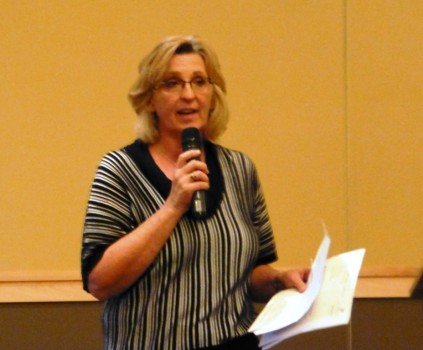 Patti Welfore, from the Aspen Club, spoke about memory loss and gave tips on how to help maintain and improve memory.