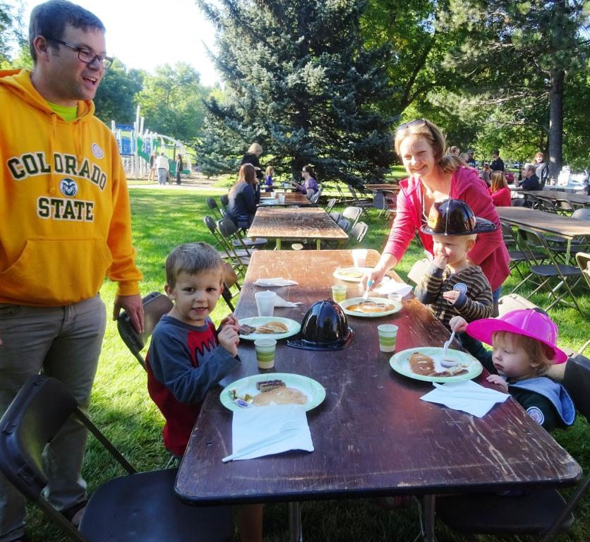 Families enjoy the sunshine and yummy pancakes …